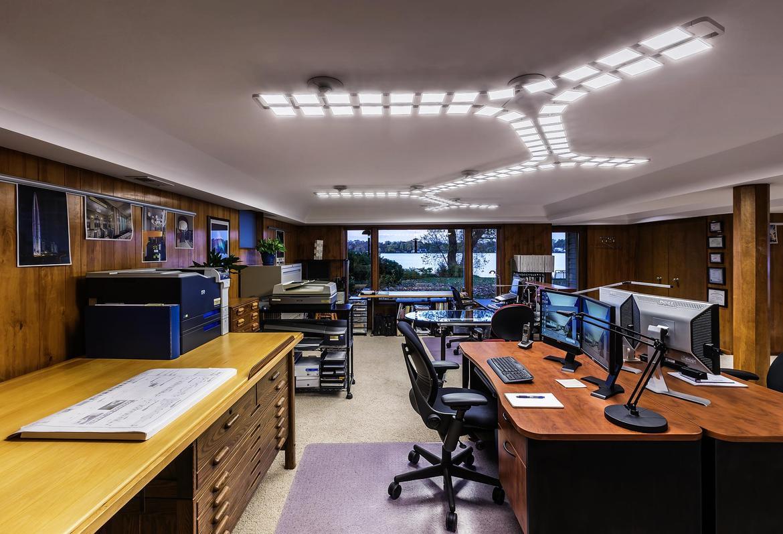 oświetlenie led w biurze